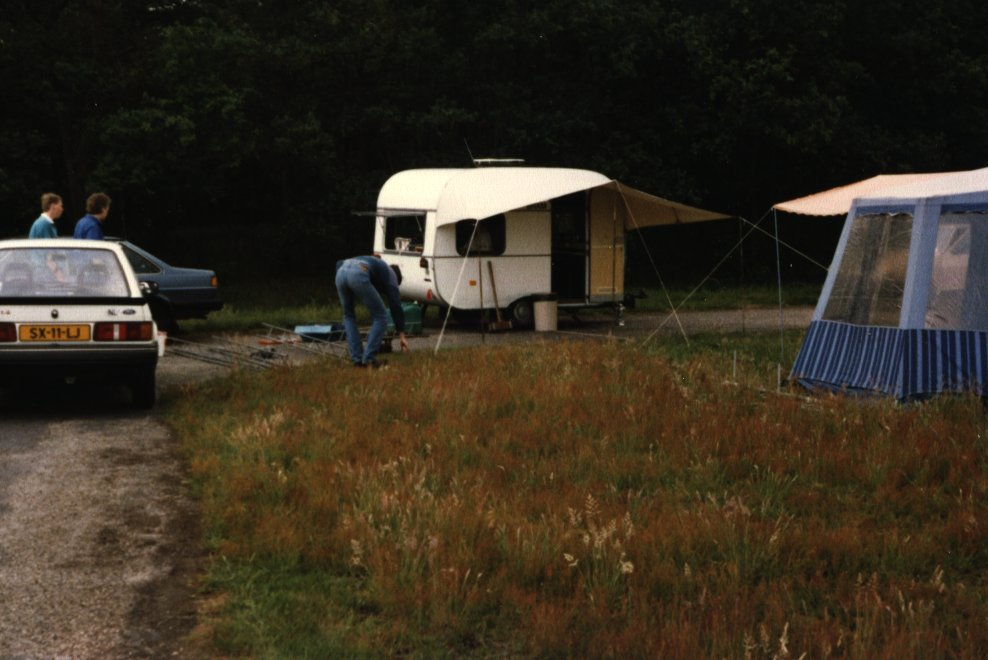 tent-caravan